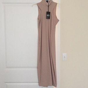 Gray BooHoo midi dress